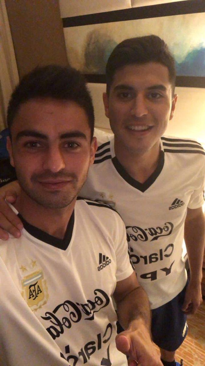"""Ο χρήστης River Plate στο Twitter: """"#RiverDeSelección ⚪️🔴⚪️ 🇦🇷 Pity Martínez y Exequiel Palacios, en la concentración de @Argentina en Los Angeles. Este viernes, la Selección se medirá con Guatemala en el"""