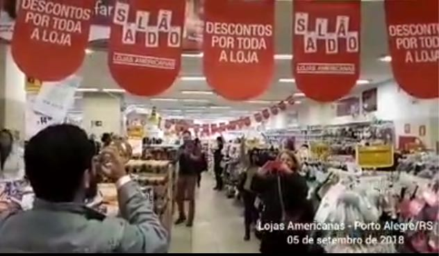 trompetista comanda lulaco nas lojas americanas de porto alegre video daaec86565fd9