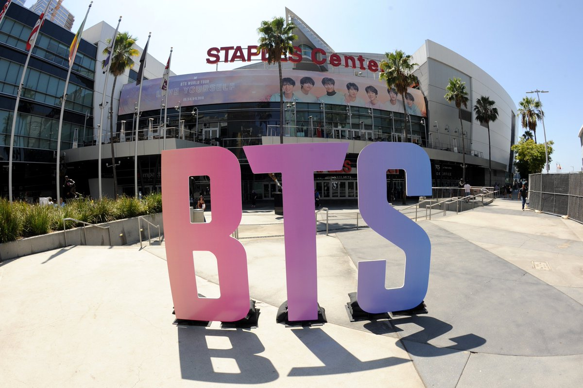 The day has finally arrived 😍. Night 1 of ! All doors open at 5:30pm and  takes the stage at 8pm.   *Times are subjec#BTSLoveYourselfTourt#BTSARMY to change