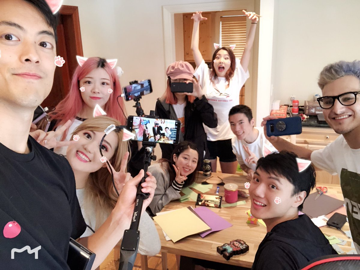 "JustFriends 💔 on Twitter: ""Come tune in to the twitch chat Olympic!!!  Check @LilyPichu @AngelsKimi @iGumdrop @fuslie @sean @starsmitten_ 's  stream to watch!!!! 💙💛🖤💚❤️… https://t.co/Kp2aH6PEaJ"""