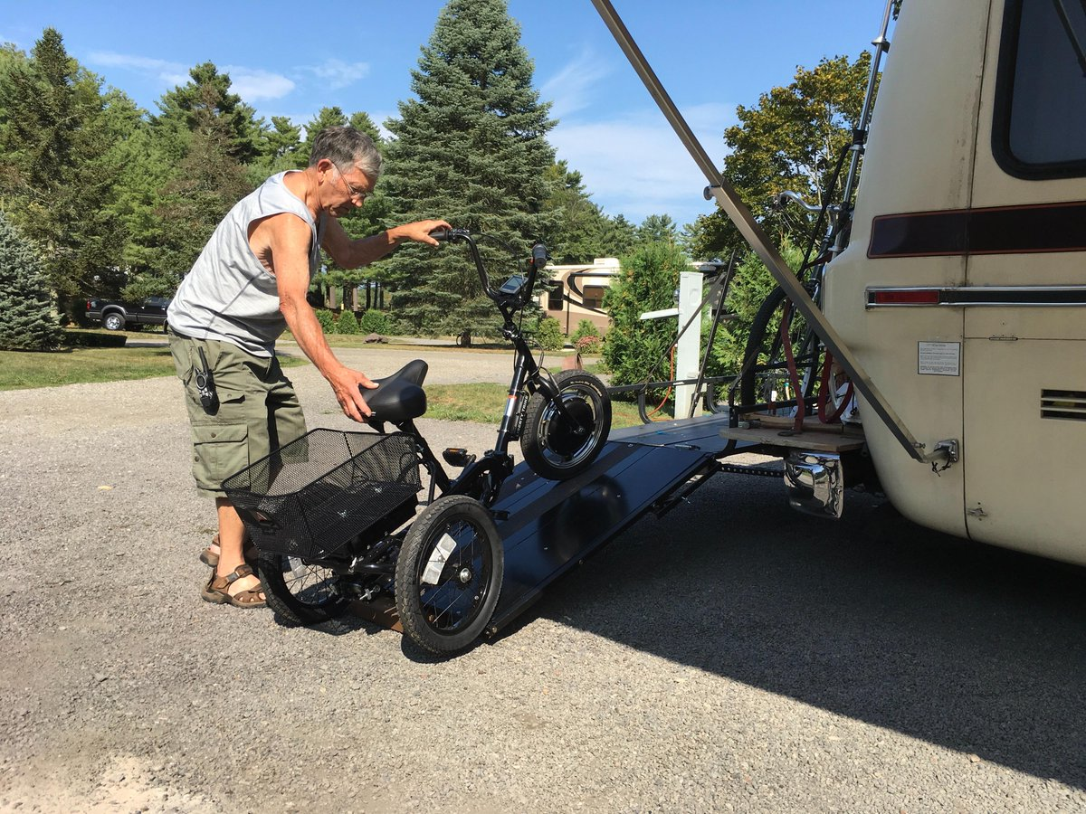 Let S Go Aero Pa Twitter This Carrier With The Ramp Make It Easy To Transport Our Bike And Trike To Campgrounds On The Back Of Our Rv