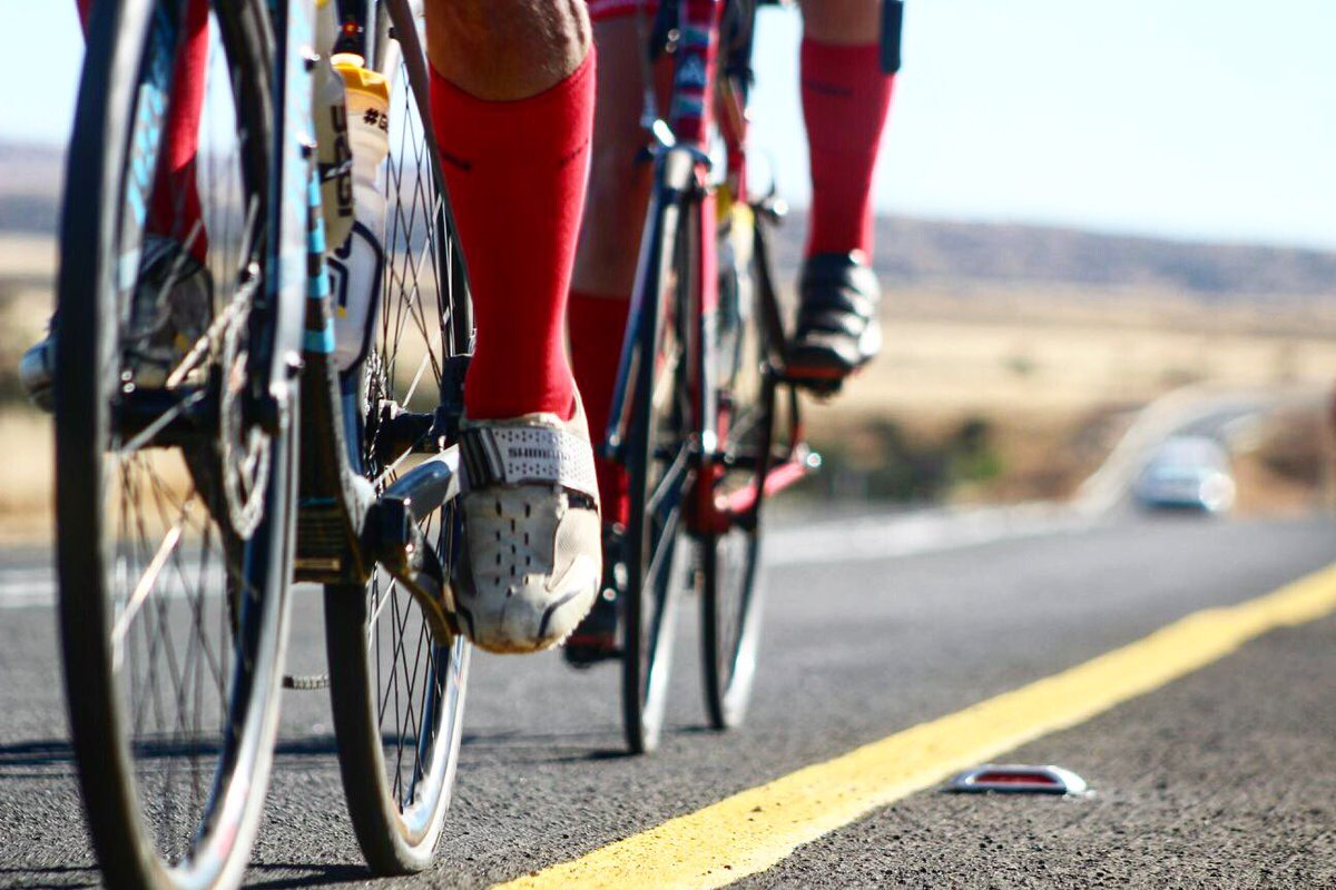 Throw back to @TheUnogwaja team taking our #ShoOops! across South Africa while spreading the message of hope.   We are #BetterTogether   #TBT #Investing  #ShoOops! https://t.co/eKPk6KLhfk