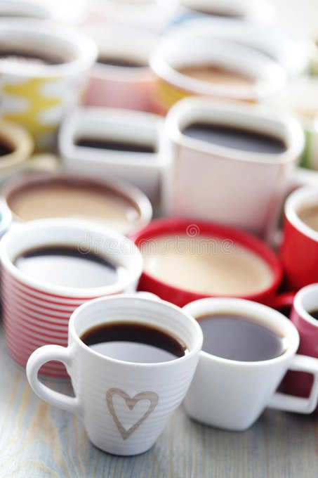 How much do you think you spend on coffee/eating out each year? The numbers, NEXT! #Yikes - #iHeartRadioNights - @AndreaCollinsFM Photo