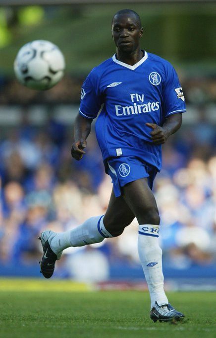 Can't believe it's been 15 years since my @premierleague debut with @ChelseaFC. Great times. #ForeverBlue #TBT Photo