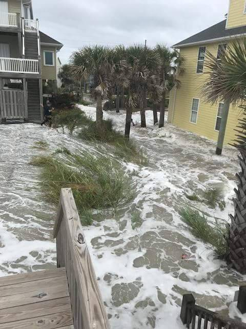 Storm surge overtaking North Topsail Beach. #Florence https://t.co/u1axArD4G3