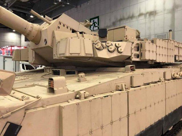 بلد شرق اوسطي واحد على الاقل يبدى اهتماما بشراء دبابات  K2 Black Panther الكوريه الجنوبيه  Dm_YifzWwAg9Vpt