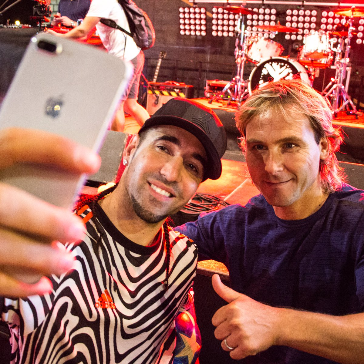 💥SELFIE💥 Happy to meet a legend who won the #BALLONDOR mister PAVEL NEDVED 😁👌🏼