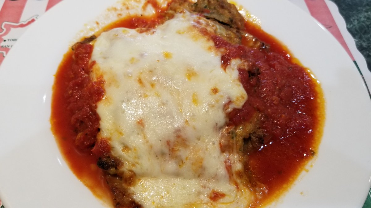 Another big favorite at Oakland Pizzeria...Our #Eggplant #parmigiana entree. #restaurant #Italianfood #eat #food https://t.co/uW3IoEizK0