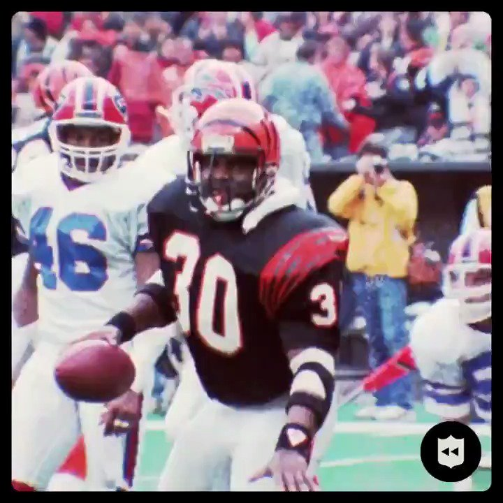 Replying to @SNFonNBC: Happy birthday to the inventor of the Ickey Shuffle, Ickey Woods! @Bengals   (Via @nflthrowback)