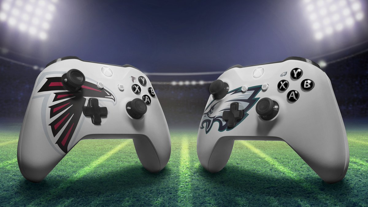 Rivalries are heating back up 🔥 Show off your team spirit with an #XboxDesignLab controller: https://t.co/Gb22Ttp03c
