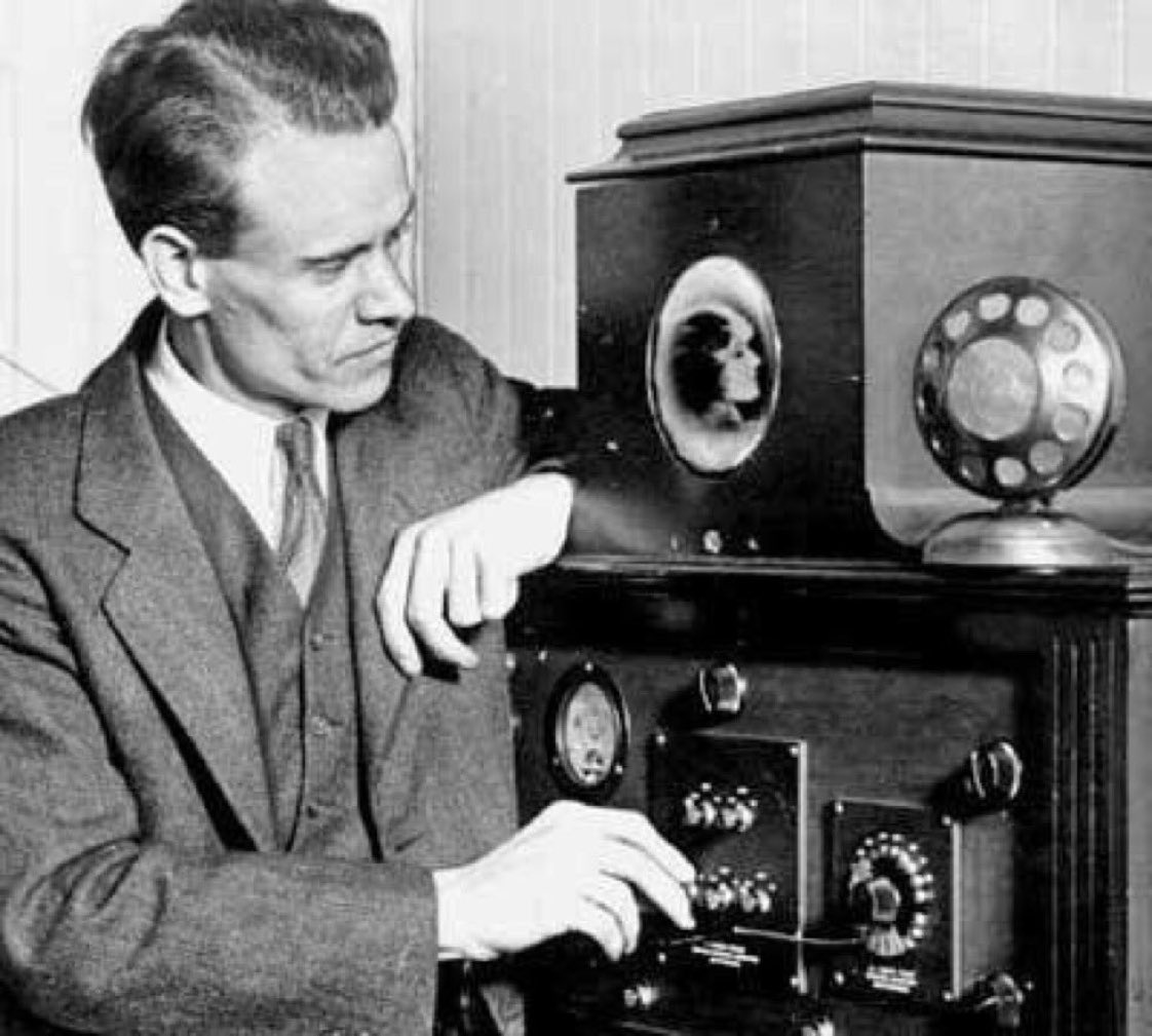 Philo Farnsworth San Francisco : September television demonstrated