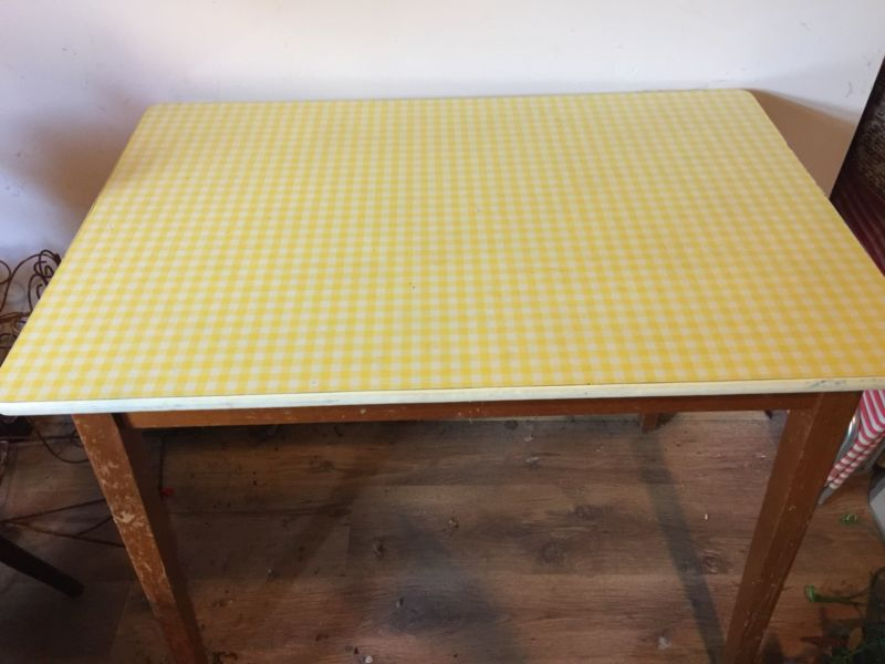 Vintage Kitchens On Twitter Vintage Yellow White Check Formica Top Kitchen Table Retro Mid Century Https T Co Soexym5qu4