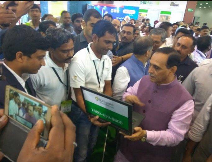 ગુજરાત સરકાર દ્વારા 1 લાખ 8 હજાર ખેડૂતોને ખેતીની માહિતી માટે રિલાયન્સ ફાઉન્ડેશનની વોઇસ મેસેજ સર્વિસ વિનામુલ્યે શરૂ કરવામાં આવી