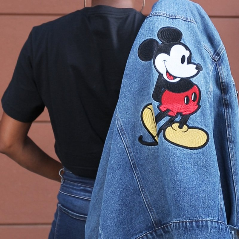 Mickey Mouse is always in style! #Mickey90 #MickeyTrueOriginal https://t.co/OIgQB2xF7T