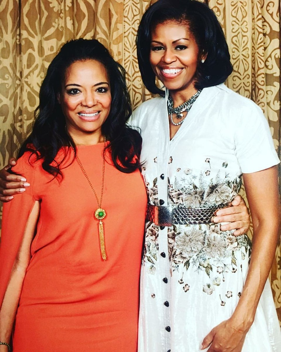 #FBF to one of the most amazing moments of my life. Meeting our First Lady @MichelleObama was such a profound honor. She personifies grace, intelligence, beauty and integrity. Things that are sorely missing today. Still a true highlight of my life.✨ #special #experience #love ✨ https://t.co/IQ3SPjvkL3