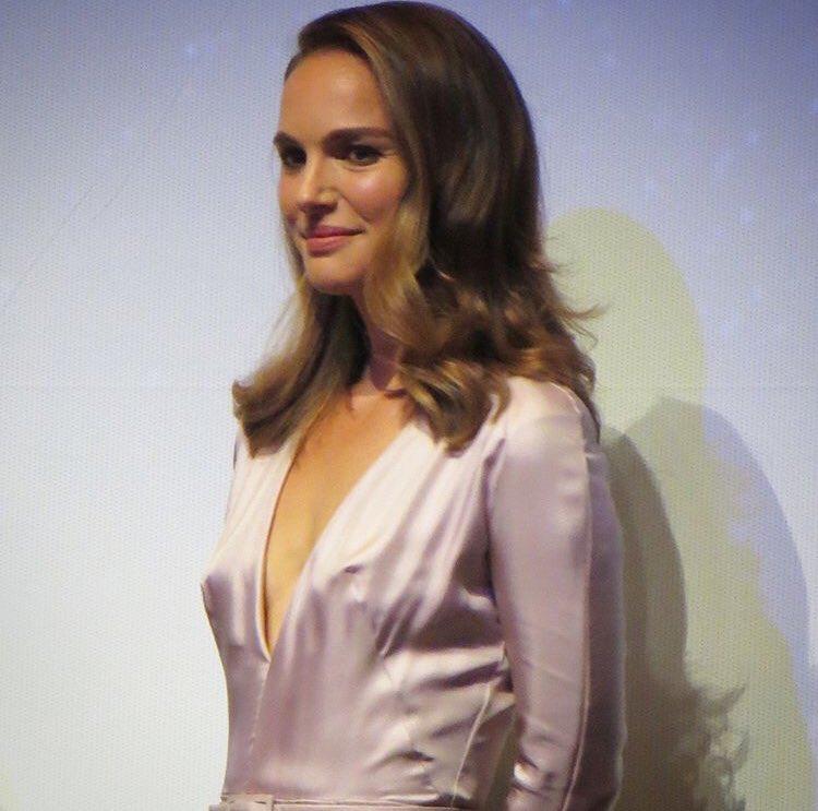 "Natalie attends the ""Vox Lux"" Premiere at Toronto International Film Festival (2018)"