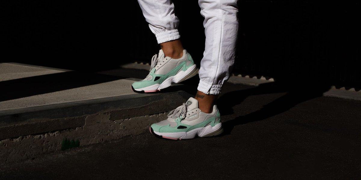 Adidas Originals WMNS Falcon W Grey OneGrey OneEasy Green