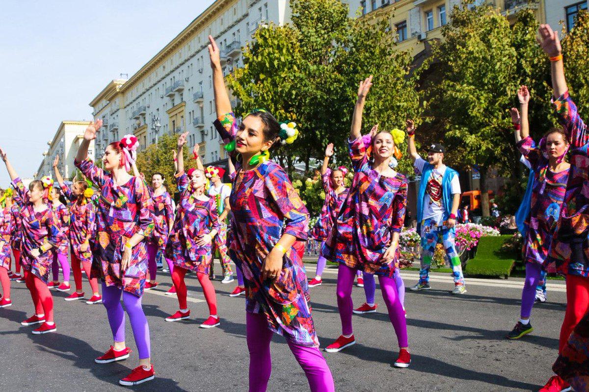 Вот это размах: в Москве проходит празднование дня рождения столицы