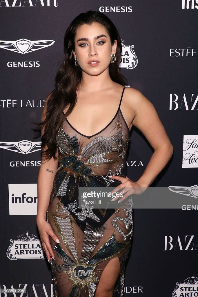 Thank you @harpersbazaarus for a lovely night! Watching @xtina perform Fighter live was a highlight of my entire existence😍 thank you for gracing us with your queen energy! #BazaarIcons