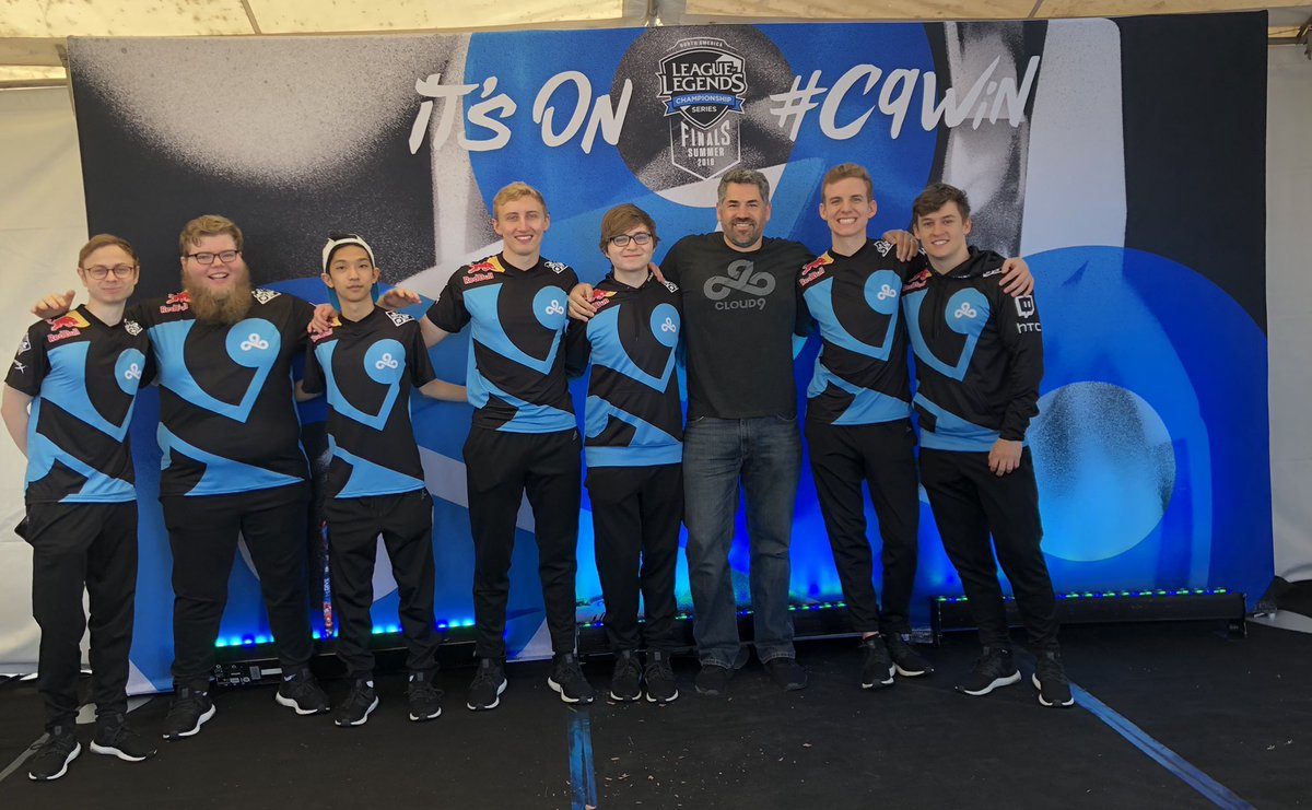 Picture with the boys at Oracle Arena!