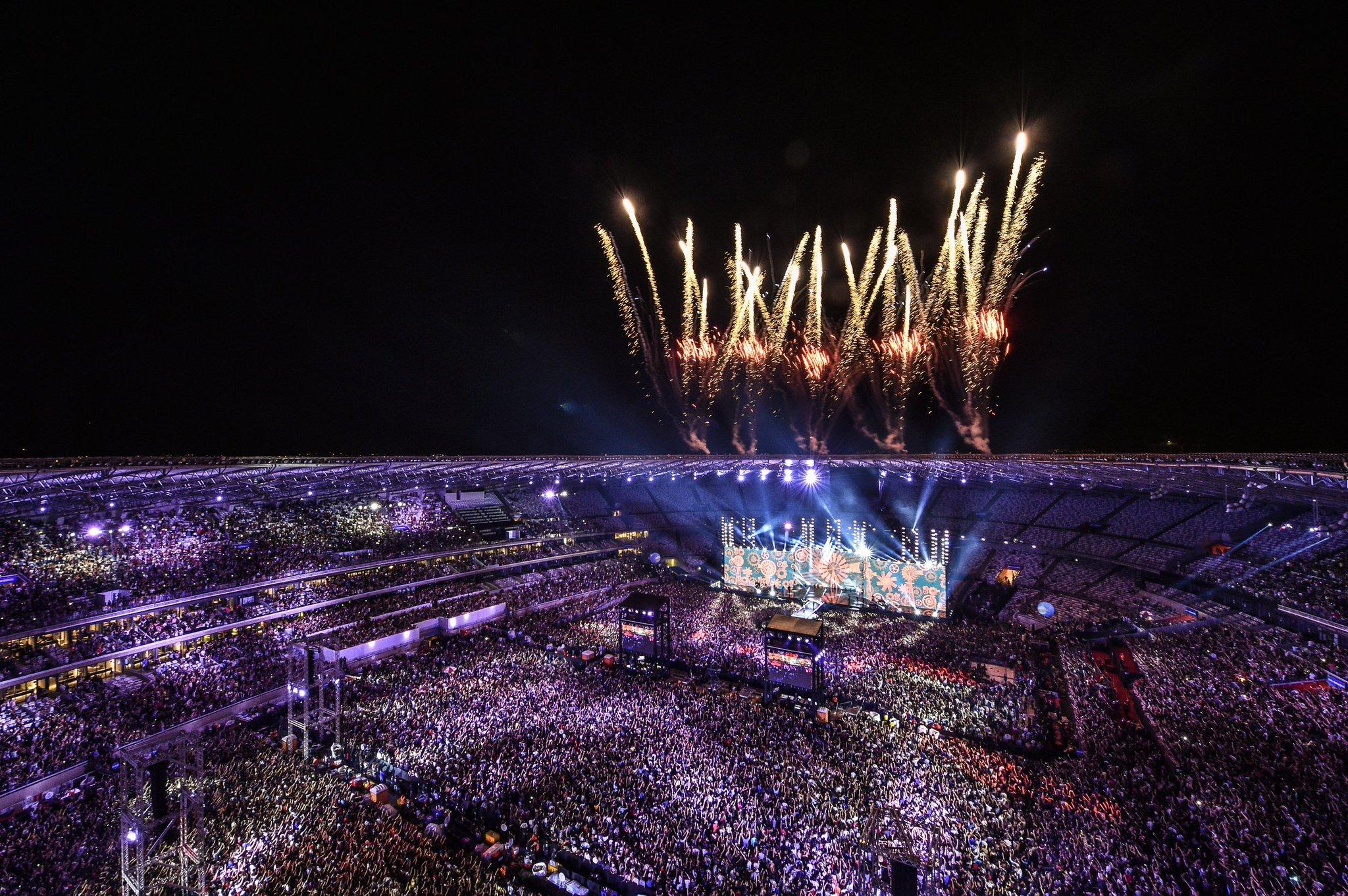 Mais de 60 mil pessoas e um evento incrível #FestejaBH #Mineirão53Anos https://t.co/Wn38rJVOYT