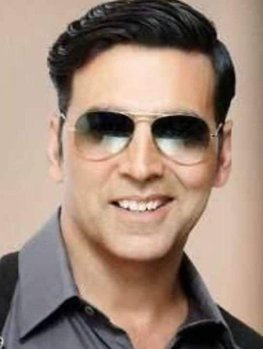 Wishing to happy birthday  Bollywood   star actor Akshay kumar .Happy birthday to you.