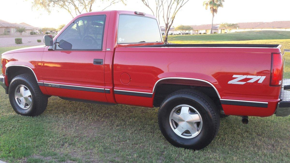 Lmc Truck Chevy >> Lmc Truck On Twitter Ernie S S 1994 Chevy Silverado Is All