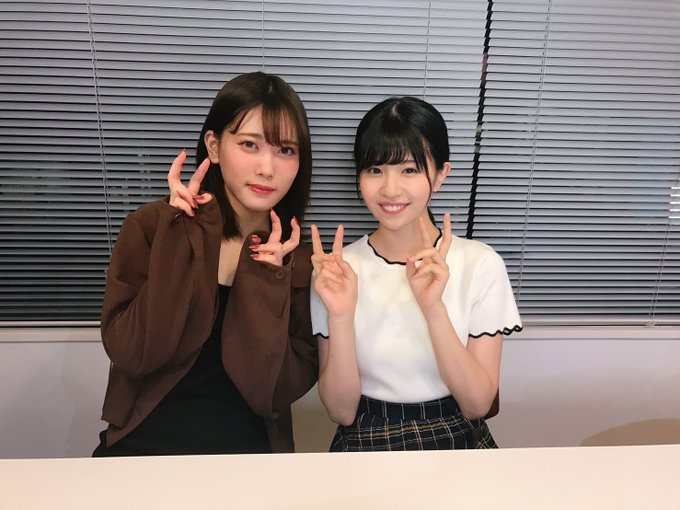 松田好花の笑顔画像