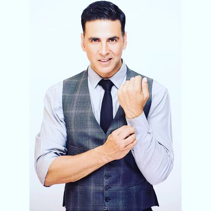 HAPPY BIRTHDAY GOLDEN STAR  AKSHAY KUMAR