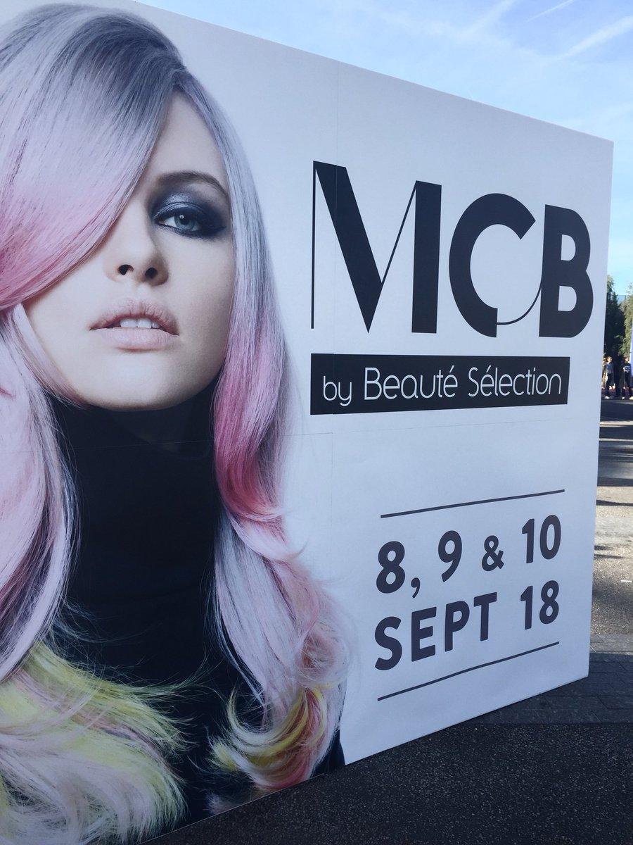 MCB by Beauté Sélection, partie deux. Bonne journée à toutes et à tous ! #mcbbybs #coiffure #coiffeur #beauté https://t.co/uwQV21pVEA