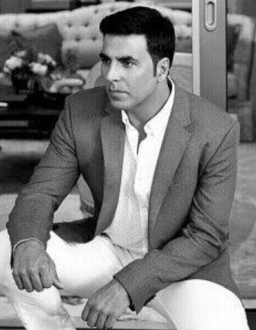 Happy Birthday Akshay Kumar.