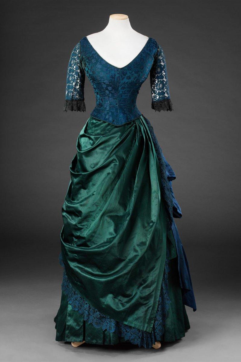 Живая природа в модных платьях