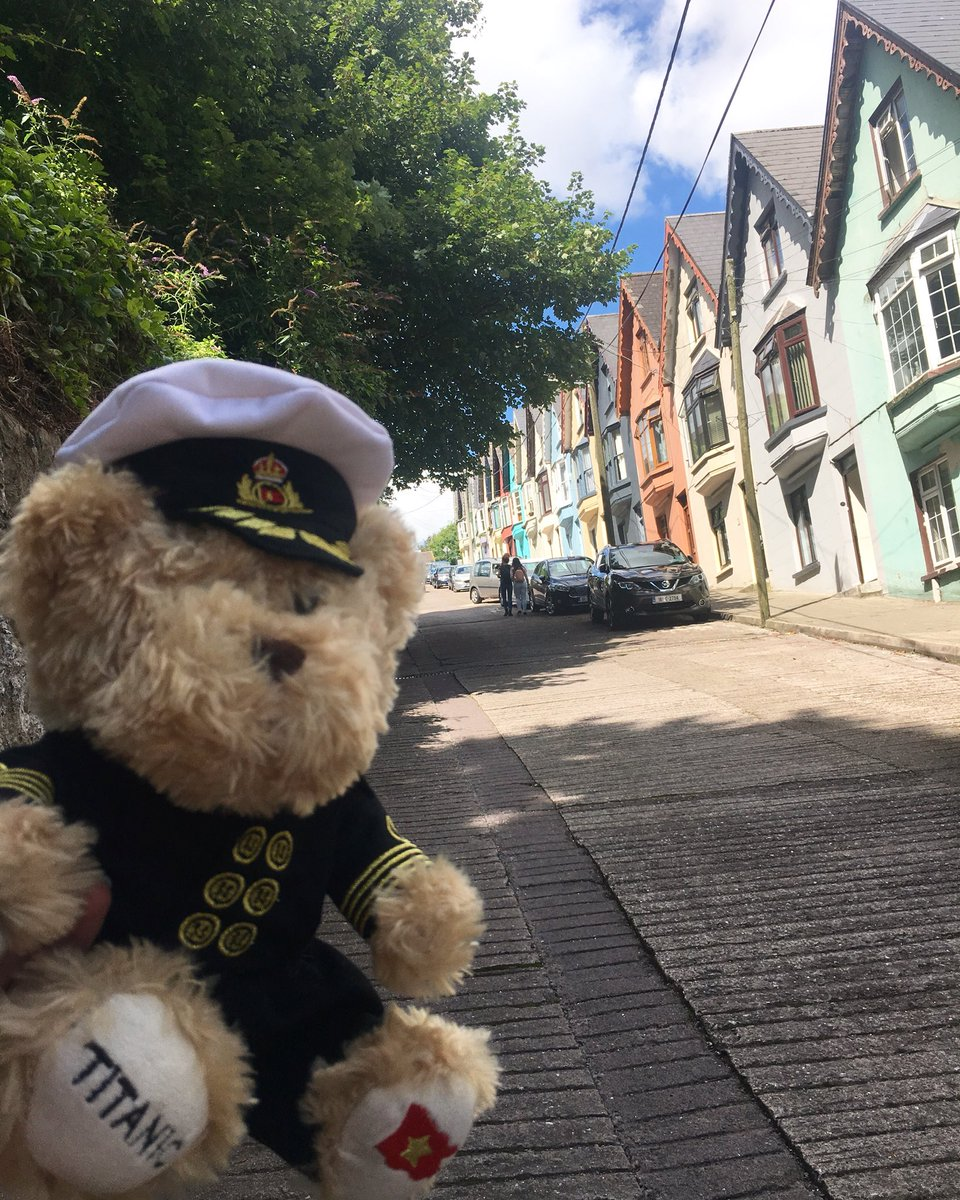 This is our resident teddy bear Boxhall! He's often found wandering around checking out the various sites in Ireland and the wider world! Follow his adventures on our Instagram page! #wheresboxhall #titanicexperiencecobh https://t.co/HE0unbI3ap