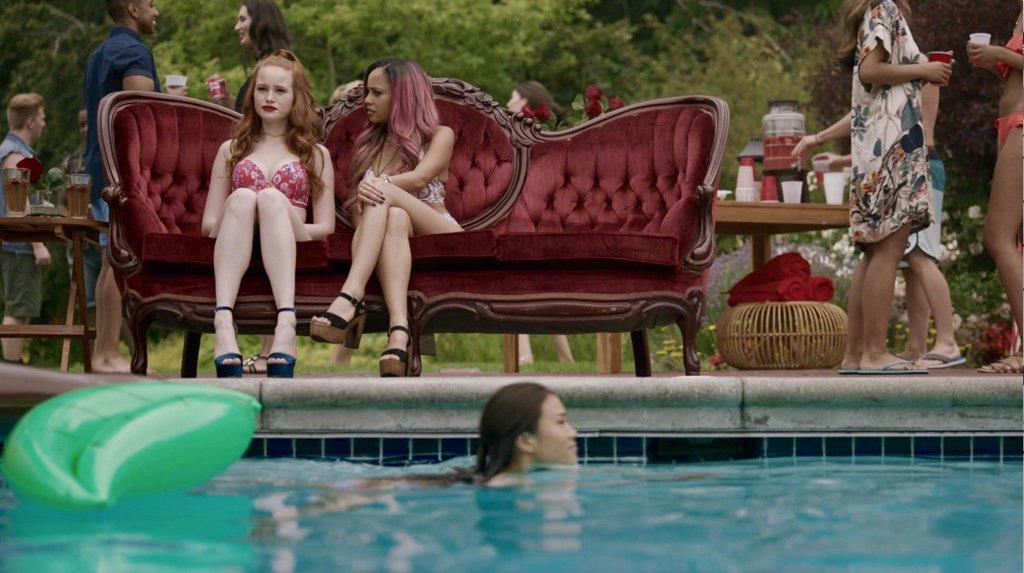 Risultati immagini per riverdale season 3 pool party