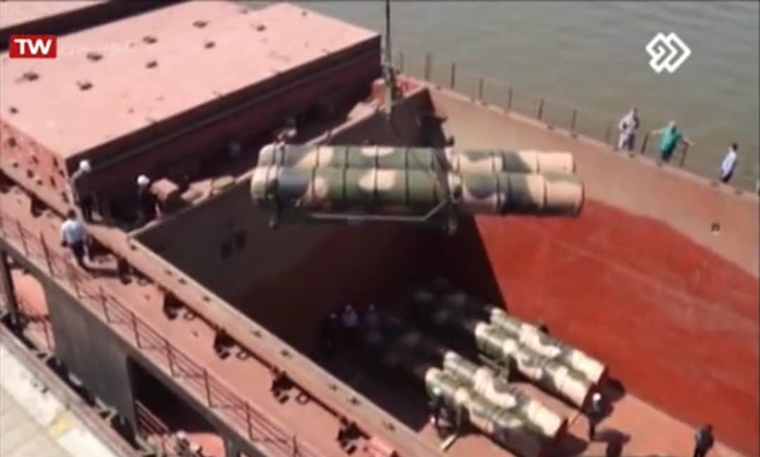 نظام الدفاع الجوي الإيراني: من صواريخ الهوك إلى الـ S-300   DmrJQ-sX0AYvHBW