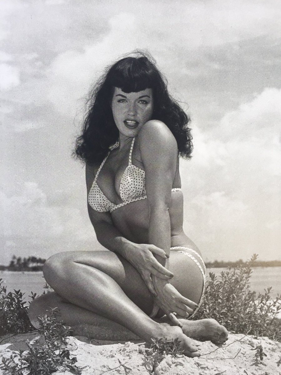 Twitter Bettie Page nudes (46 foto and video), Tits, Cleavage, Twitter, swimsuit 2019