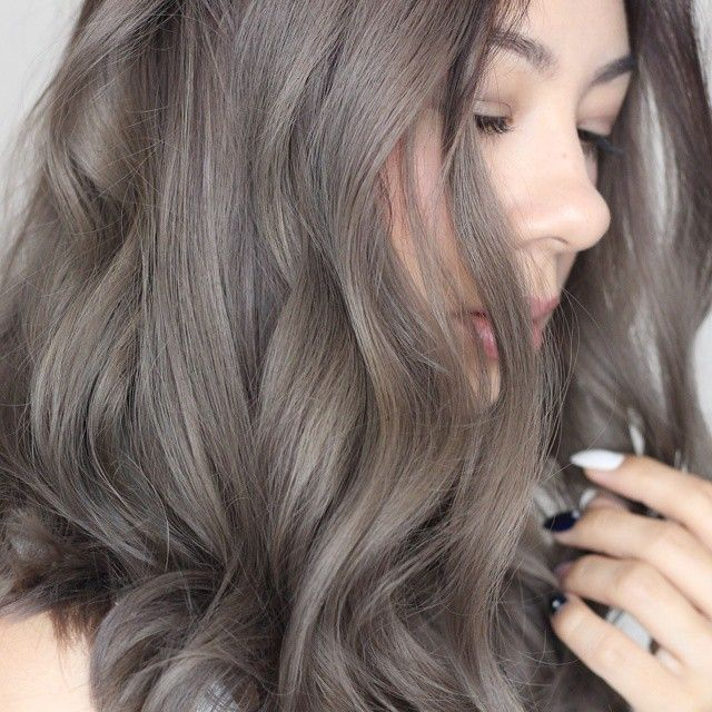 Mwigs On Twitter Popular Smoke Hair Colorthese Hairstyles And