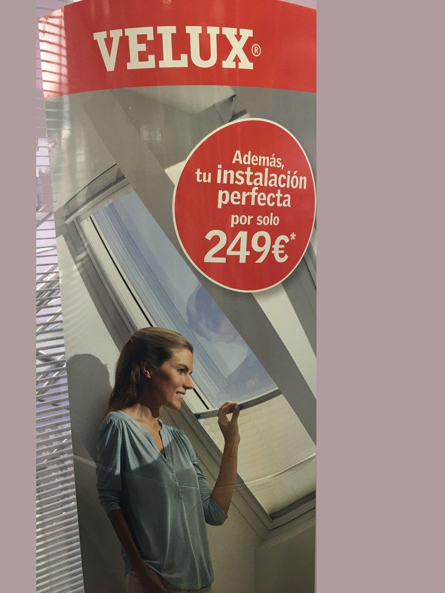 Ofrécele a los más pequeños de casa un espacio muy confortable con la iluminación natural de las  #ventanasdetejadoVelux. #VueltaAlCole #PlanRenoveVelux #FelizLunes a todos. https://t.co/7Xy6kgazTJ https://t.co/4gFohjaZ5h