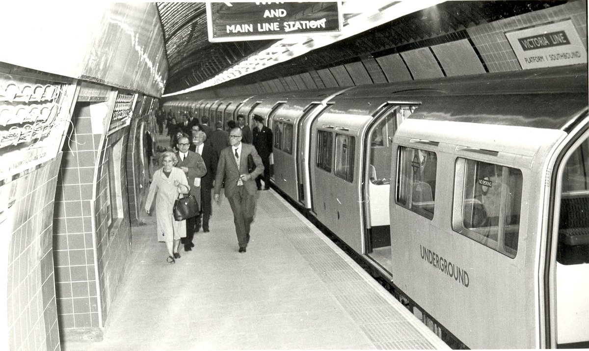 Dmu6o3xXcAApy8e - The Victoria Line's really big 50th birthday!