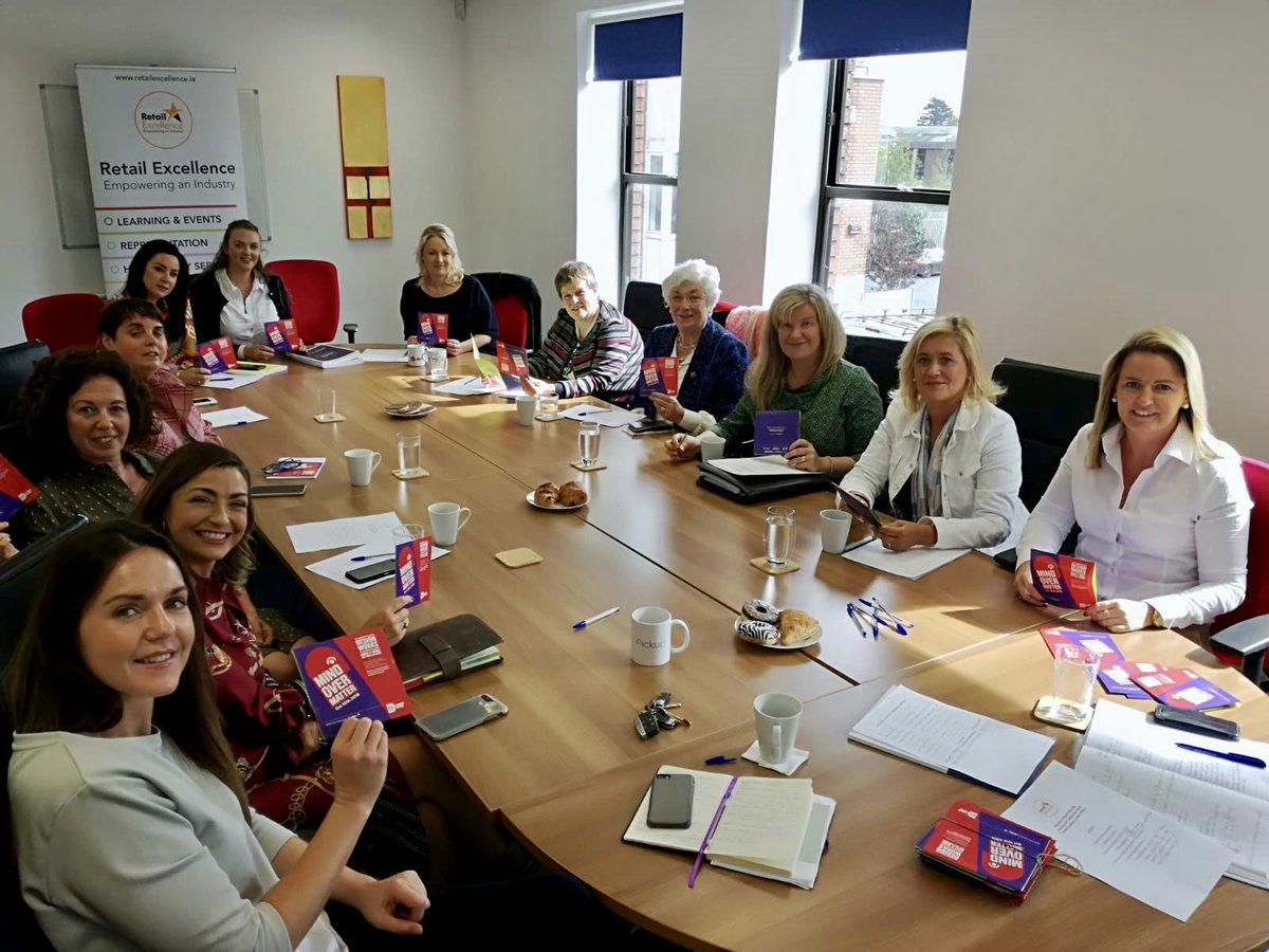 Great to welcome our new #WomenInRetail Committee to our offices this morn! All enthusiastic supporters of @IDI_MOM and the day of design action on 10 October 🙌 #ThisIsRetail https://t.co/7B38RLxY4t