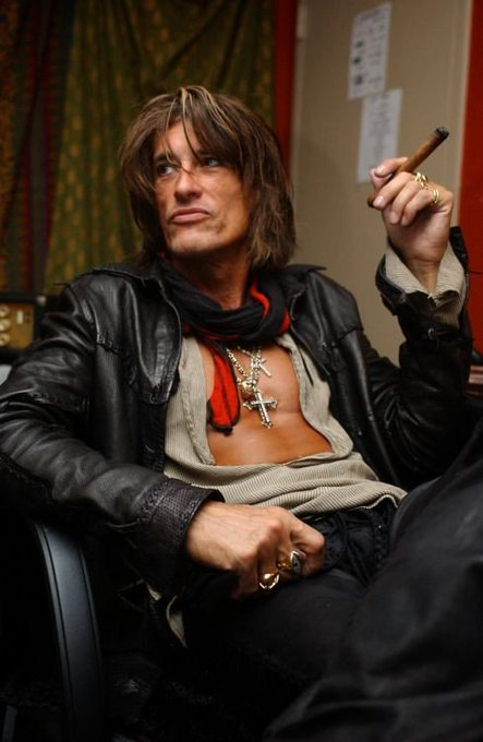 Happy birthday Joe Perry!!!!XOXO