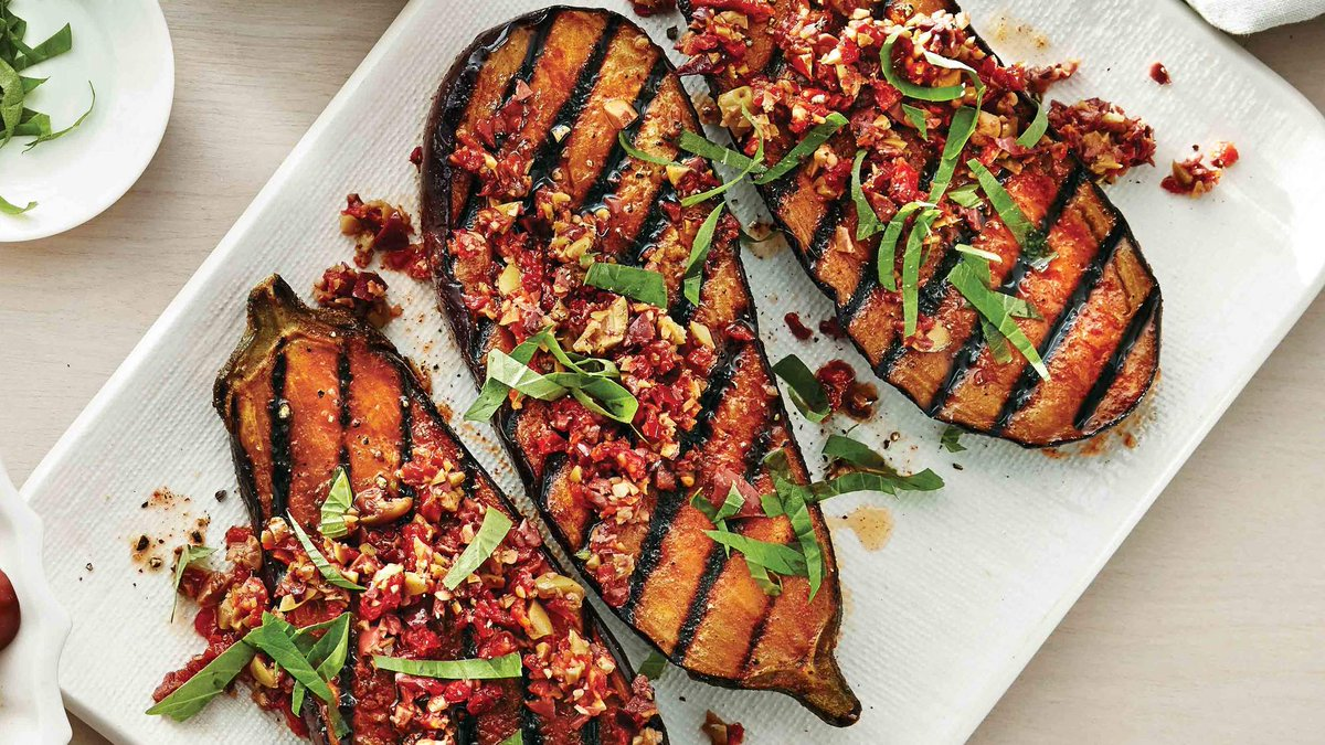 Eggplant #Steaks With Tapenade Recipe  https://t.co/uYIIPEnOSq https://t.co/yCUuSYxVzl