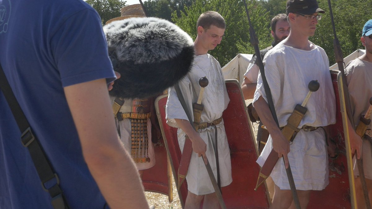 Some pictures from our #fieldrecording session with legionaries! ⏺️  #audio #sounddesign https://t.co/UjvZBewY1j