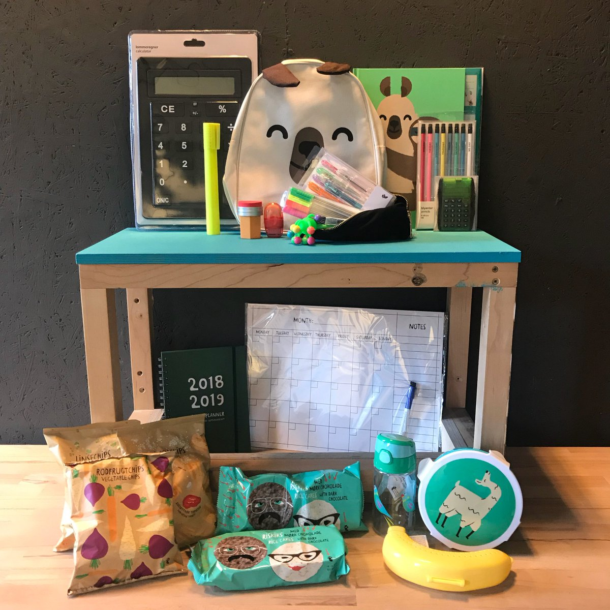 🎉#Competition🎉 To celebrate #backtoschool, we've got a bundle of school essentials to #giveaway to 1 lucky winner!  To enter: 1) Download GreenJinn and register: https://app.greenjinn.com/back-to-school 2) Follow @GreenJinn & RT this post, commenting your favourite school subject  ENDS 16/09/18
