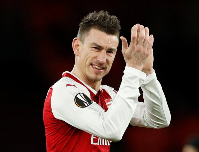 Arsenal fans wish Happy Birthday to the boss Laurent Koscielny ...