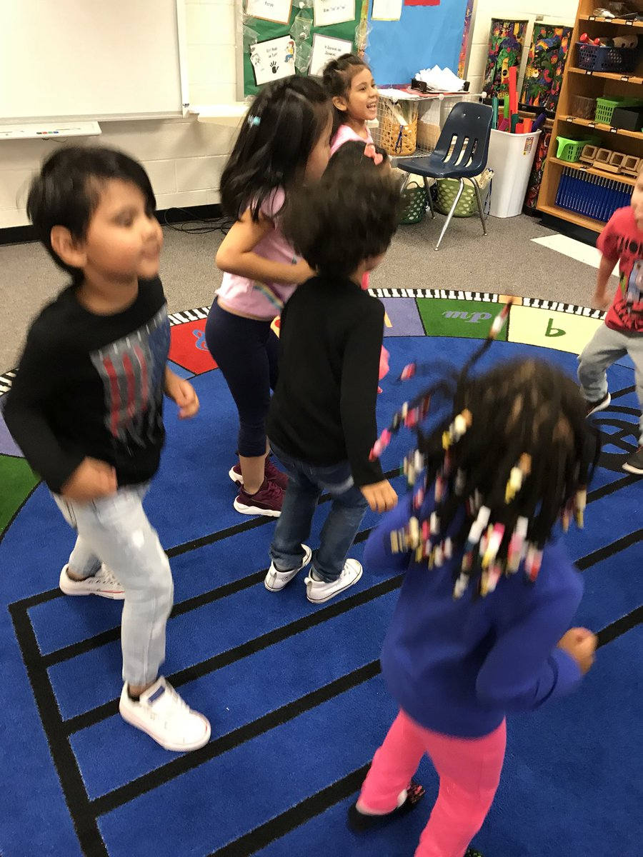 RT <a target='_blank' href='http://twitter.com/nowmrshaines'>@nowmrshaines</a>: <a target='_blank' href='http://twitter.com/HFB_VPI'>@HFB_VPI</a> loved dancing today during their first music class! <a target='_blank' href='http://search.twitter.com/search?q=hfbtweets'><a target='_blank' href='https://twitter.com/hashtag/hfbtweets?src=hash'>#hfbtweets</a></a> <a target='_blank' href='http://search.twitter.com/search?q=APSBack2School'><a target='_blank' href='https://twitter.com/hashtag/APSBack2School?src=hash'>#APSBack2School</a></a> <a target='_blank' href='https://t.co/bNoLtf9q3V'>https://t.co/bNoLtf9q3V</a>