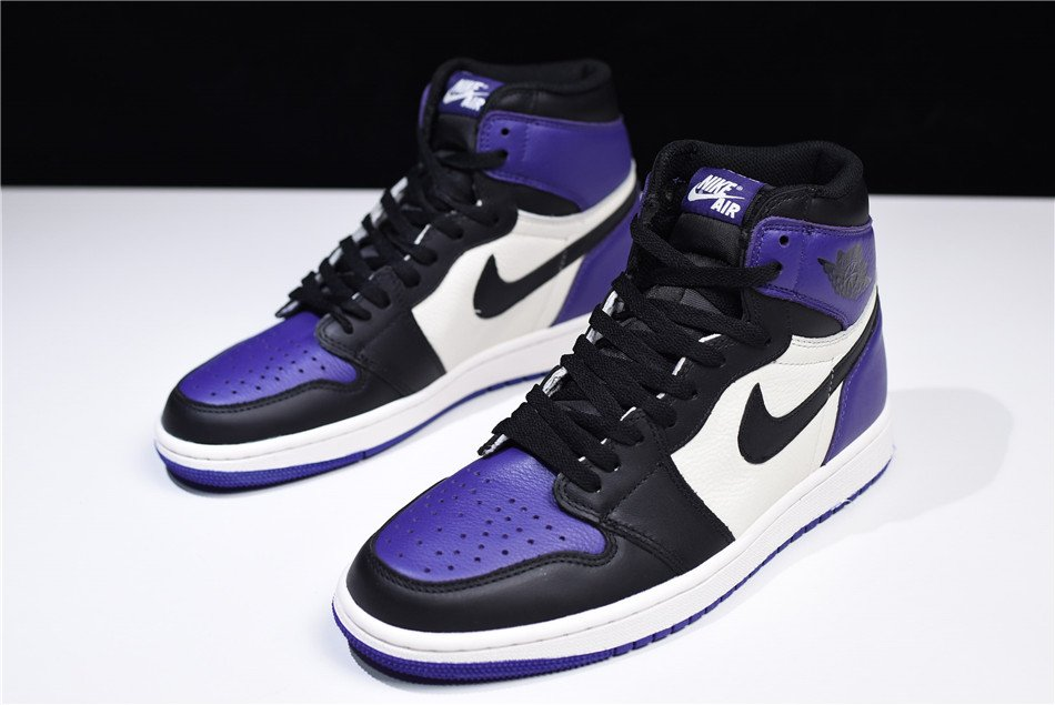 286be53d024e19 Retailing for  215 at boutiques and Foot Locker locations.  http   kicksdeals.ca release-dates 2017 air-jordan-1-high-retro-court-purple   …pic.twitter.com  ...