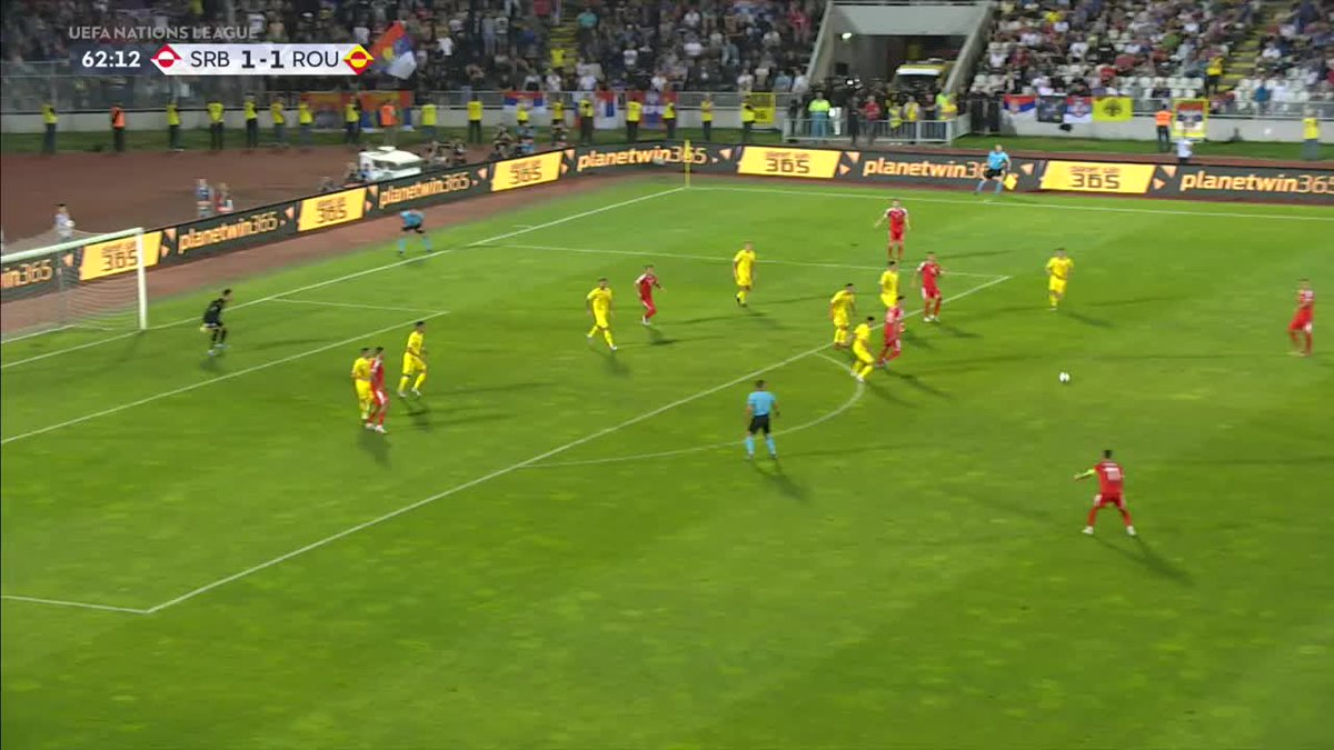 Aleksandar Mitrovic is well and truly on fire! 🔥😳 The Serbian striker juggles the ball on the edge of the box before lashing the ball in! 💥⚽ Watch live on the Sky Sports Football Red Button now! 🔴