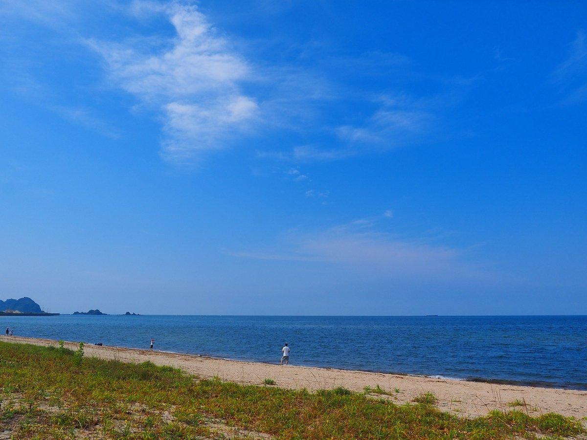 夏が過ぎ、静けさ戻る、虹ヶ浜。 ・・・ 凡人 https://t.co/p18X3CRvRt