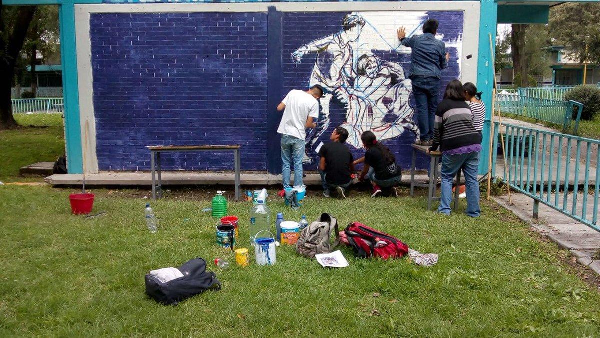 Azteca Noticias On Twitter Estudiantes Del Taller De Dibujo Del